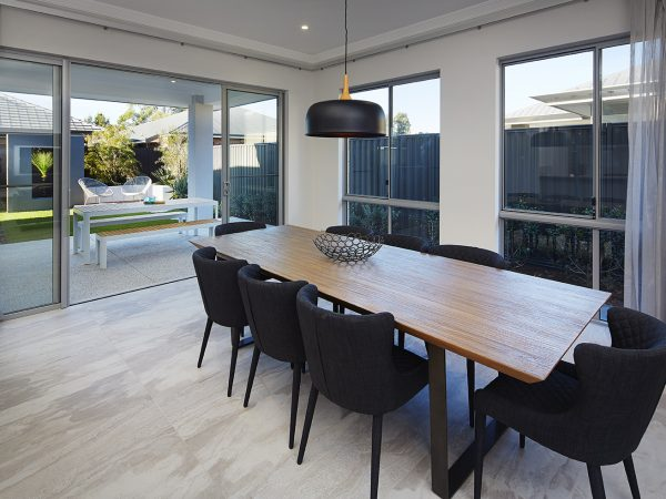 Admiral Dining area with Alfresco